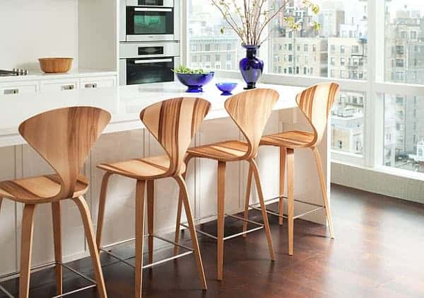 Барные стулья со спинкой